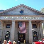 ภาพถ่ายของ Quincy Market