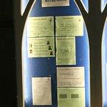 L'intérieur de l'église et ses informations