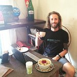 A divemaster who loves granola! Sweet N' fresh breakfast ;)