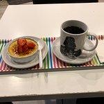 Foto de Happily Ever After Dessert Café