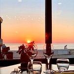 coucher de soleil face à l'ocean