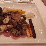 Steinpilz und Gemüseteller mit Kartoffeln