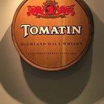 Foto van Tomatin Distillery Visitor Centre