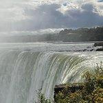 صورة فوتوغرافية لـ Horseshoe Falls