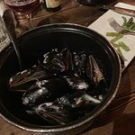 About a pound of mussels. 18-20 mussels. lemon & garlic.