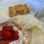 Foto de Porto's Bakery & Cafe