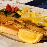 El pescado muy bueno, estuve de cena de empresa, el trato con el cliente un 10!!