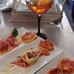 Los sábados, vermut italiano, ravioli, lasaña...