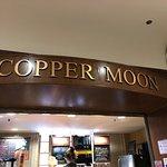 The Copper Moon의 사진