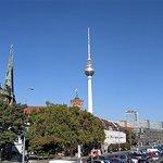 Foto van Berlin TV Tower (Fernsehturm)