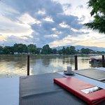 Foto de Deck 1, Rarinjinda Wellness Spa Resort