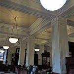 Foto de GPO & GPO Witness History Visitor Centre