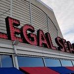 Legal Sea Foods resmi