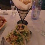 Фотография Castaways Bar & Grill