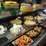 Foto de Mariposa Market Stores