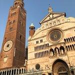 صورة فوتوغرافية لـ Cattedrale di Cremona e Torrazzo