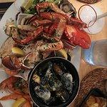 Foto de Man Fridays Seafood Restaurant