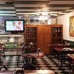 Roma's Cafe Εικόνα