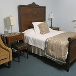 Room 9 (one of the two beds)
