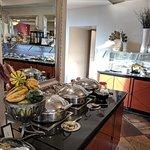 Reflect social dining + lounge의 사진