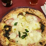 foto delle due pizze ordinate