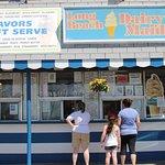 Foto de Long Beach Dairy Maid