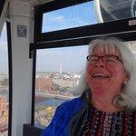 Foto van The Wheel of Liverpool