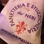 Foto de Panetteria Stuzzicheria de'neri 18/r