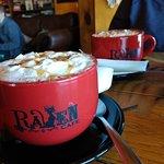 Raven Cafe照片