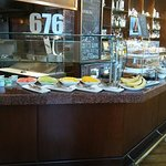 Foto van 676 Restaurant & Bar