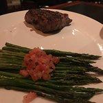 Bilde fra J. Gilbert's Wood-Fired Steaks and Seafood
