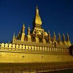 Foto di Grande Stupa Sacra (Pha That Luang)