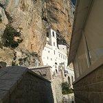 Foto van Ostrog Monastery
