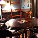 Harat's pub в Самаре на Дачной (Хэратс паб)