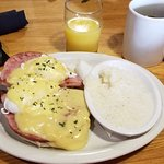 Eggs Benedict with grits