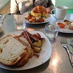 Φωτογραφία: Hangar B Eatery