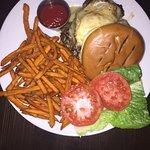Hamburger with sweet potato chips