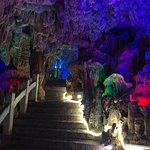Foto di Reed Flute Cave (Ludi Yan)