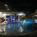 Kata Sea Breeze Resort Photo