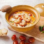 Creamy Tom Yum soup w/ prawns & mushrooms
