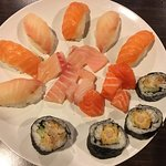 The Journey Sushi and Seafood Buffet의 사진