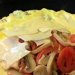 Whitey Ford Omelette: Mushroom, Tomato, Swiss