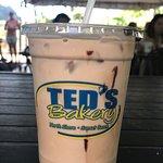 Ted's Bakery의 사진