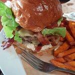 Hippo Burger Bistroの写真