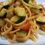 Courgettes, tomato and linguine
