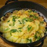 Картофель в сметане из русской печи