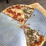 صورة فوتوغرافية لـ Milano's NY Pizza