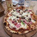 Foto van Archontiko Pizzeria Restaurant