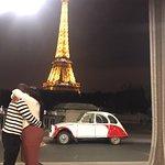 صورة فوتوغرافية لـ Midnight In Paris On Wheels