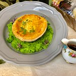 Pantry Pie Floater with Jus